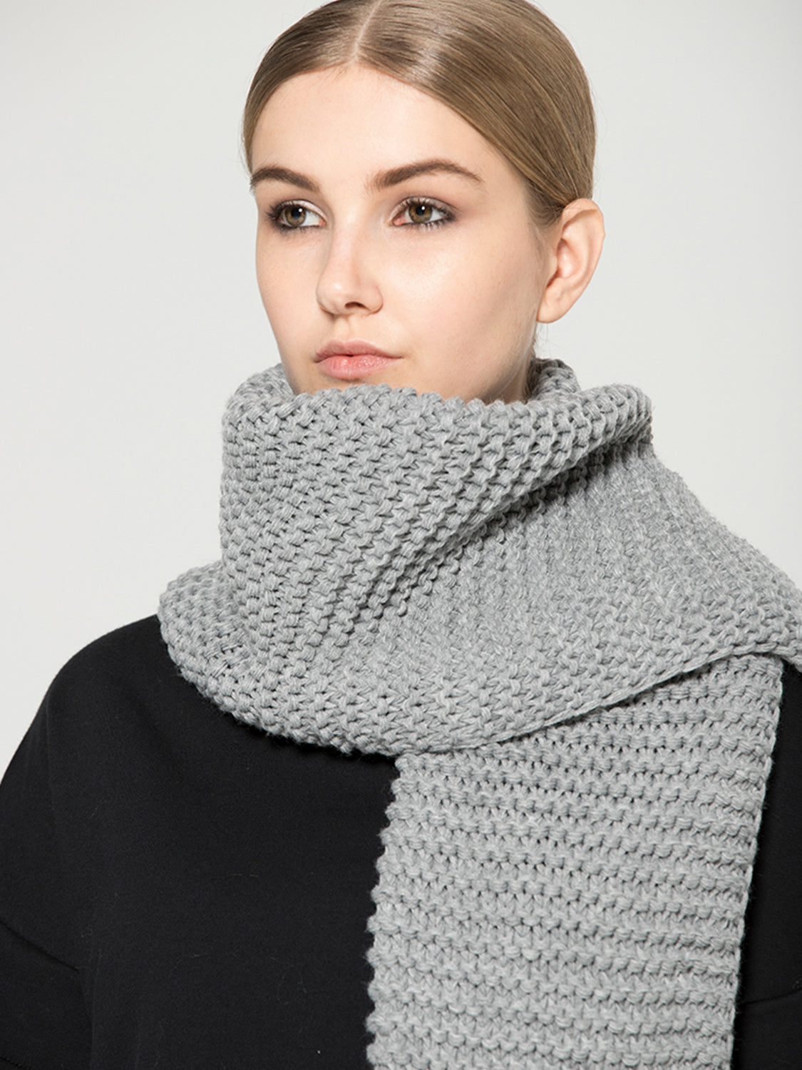 VEGAN WOOL SCARF, GREY