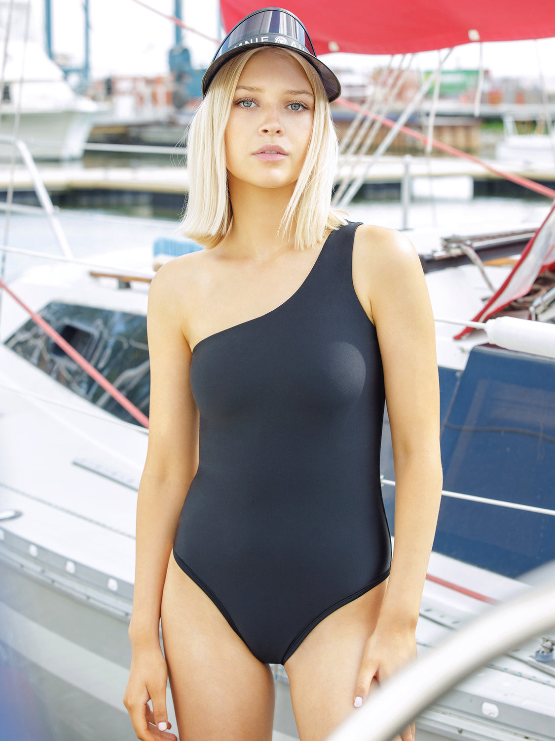 ONE-SHOULDER SWIMSUIT, BLACK
