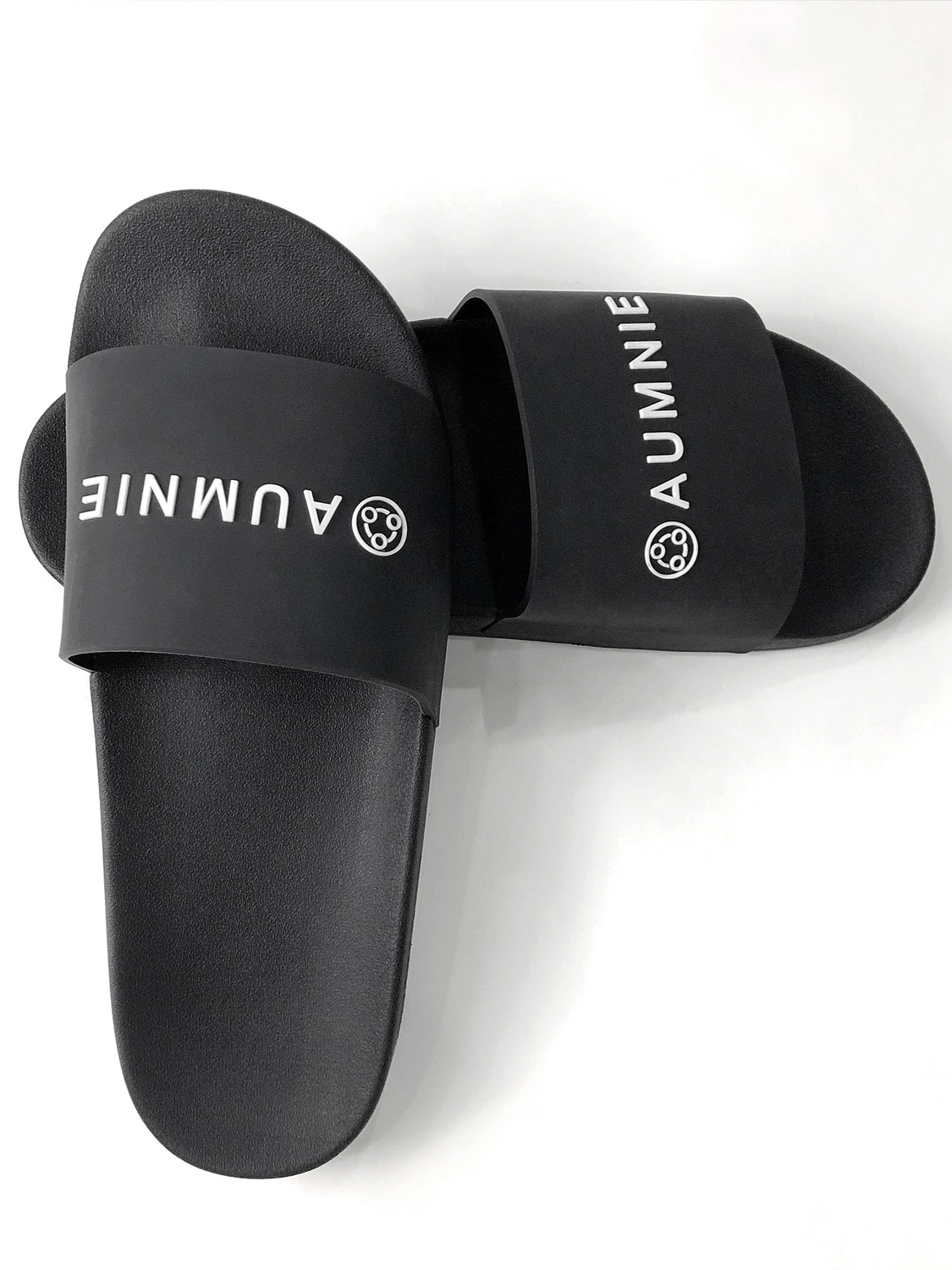 AUMNIE LOGO SLIDE SANDALS, BLACK