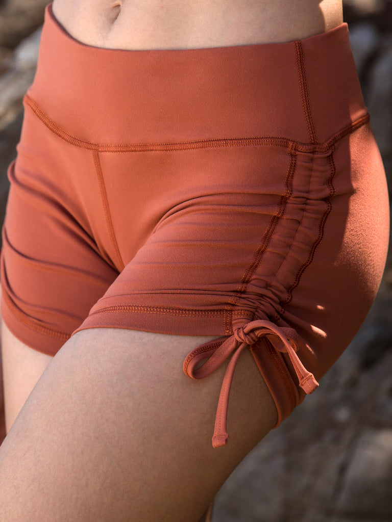 BLAZE SHORTS, MAPLE