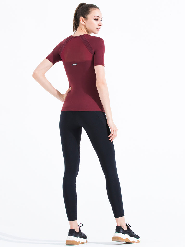 PLEATED MESH TEE, BORDEAUX