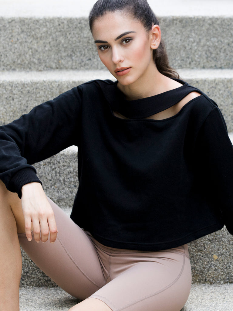 DETACHED COLLAR SWEATSHIRT,BLACK