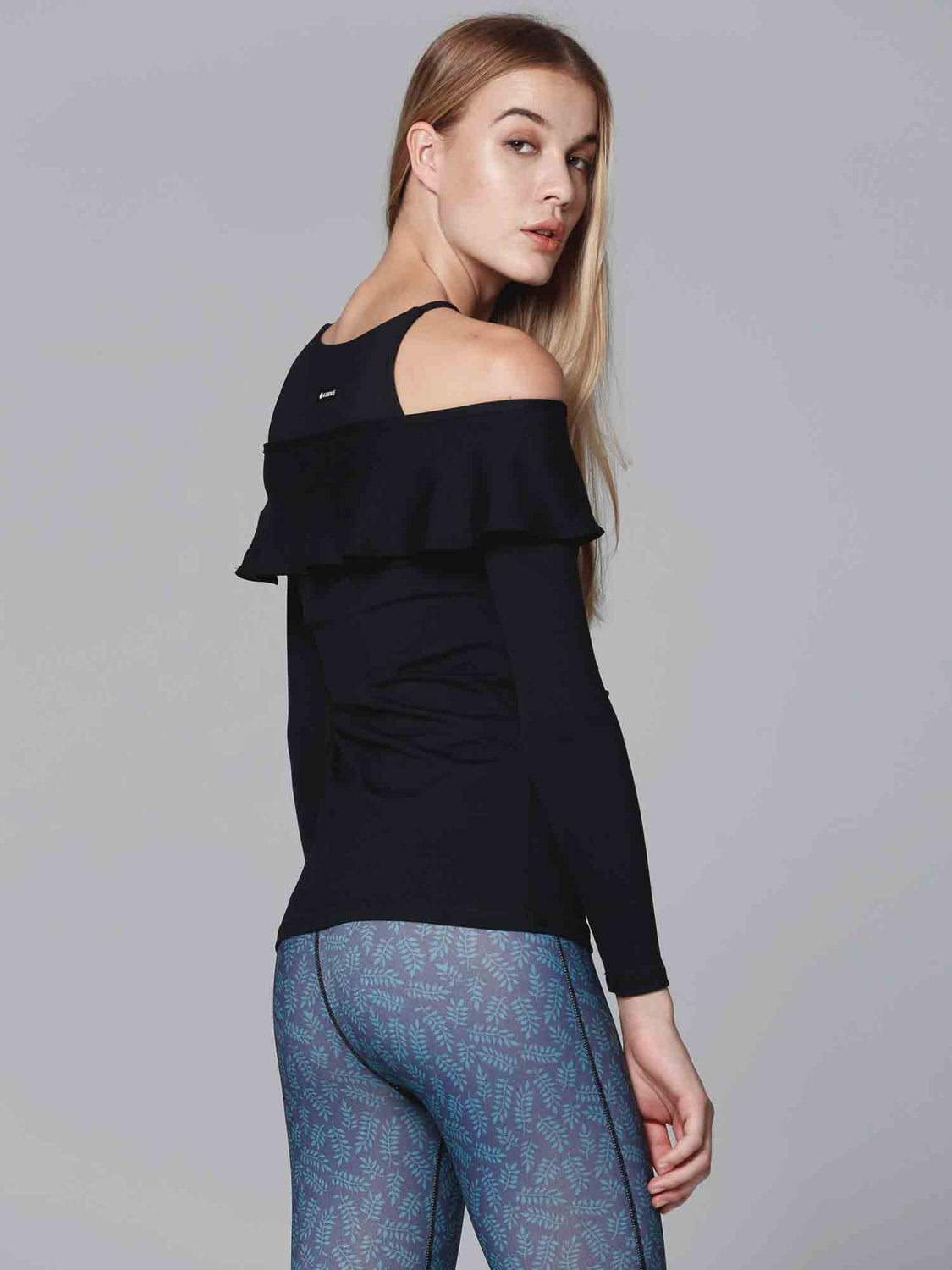 LILY TEE, BLACK