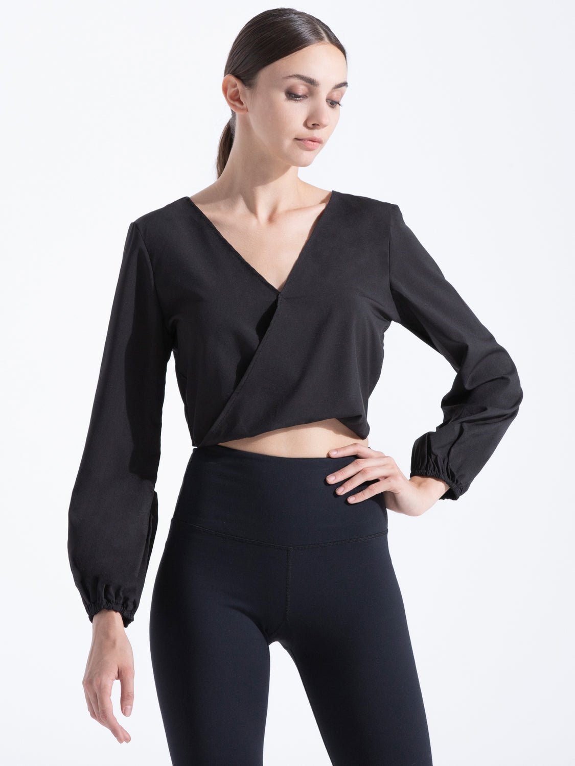 V NECK OPEN BACK TOP, BLACK