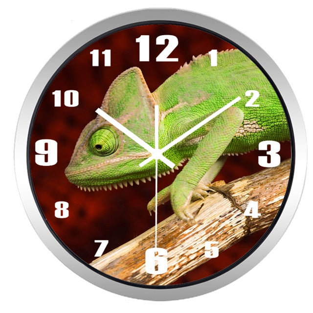 Lifelike Chameleon High Definition Print Silver Frame Quartz Wall Clock