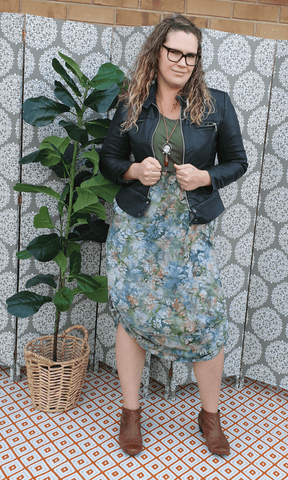 Earthy midi breastfeeding dress with 3/4 sleeve and pockets - Bohemama clothing nursing breastfeeding maternity funky unique plus size modest comfortable boho bohemian colourful striking vers