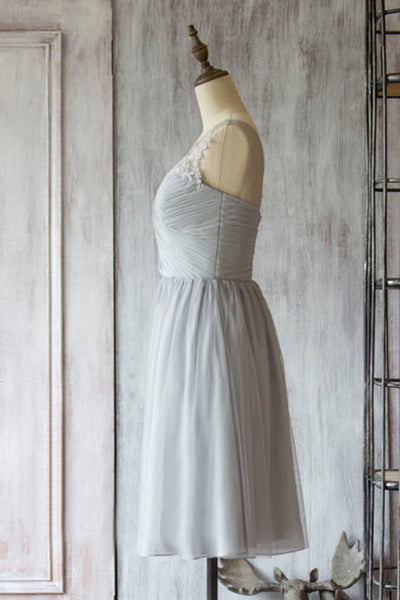 A-Line Boat Neck Knee-Length Grey Tulle Bridesmaid Dress with Appliques AHC639