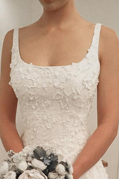 A-Line Scoop Sweep Train White Tulle Sleeveless Wedding Dress with Appliques AHC573