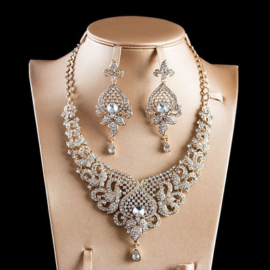 Womens Beautiful Bold Bling Necklace Set