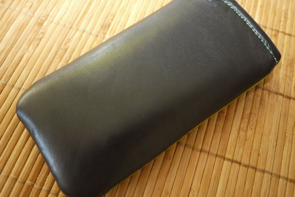 iPhone - Green Fish Leather