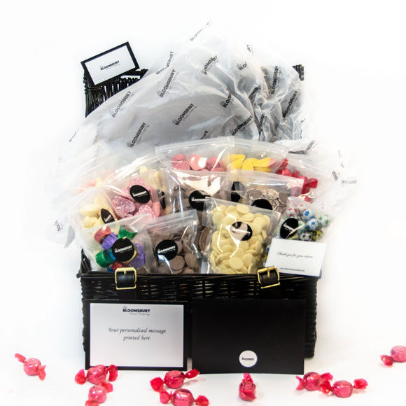 Chocoholics Sweet Hamper (M)