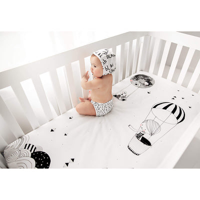 Frieda and the Balloon - Cot / Bassinet Sheet by Rookie Humans