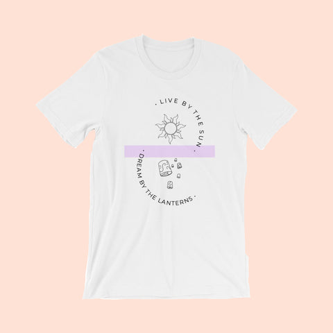A QUEEN IS NEVER LATE - UNISEX TEE