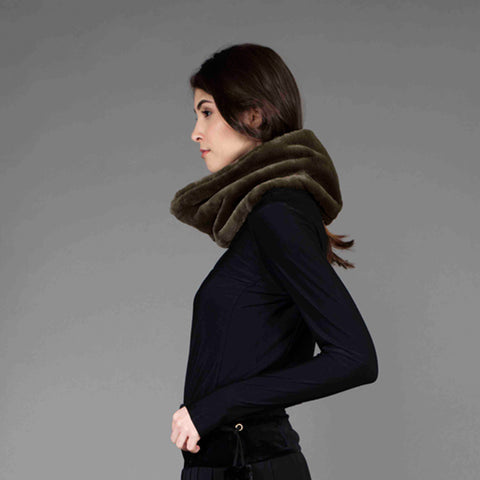 vegan fur feels like real neck cover with magnet closure