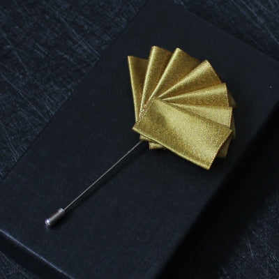 Hand Made Elegant Pure Gold Silk Flower Label - socksADRION's