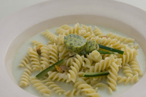 Clam fusilli infused with green tea cream sauce
