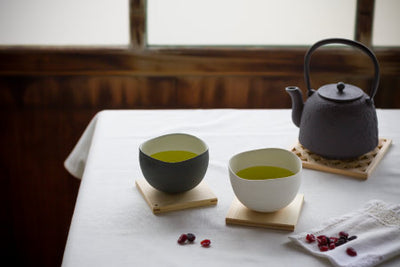 How to brew hot green tea