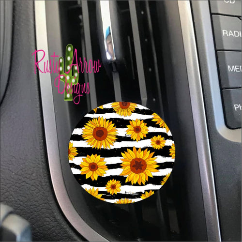 Black & White Sunflowers Car Vent Clip