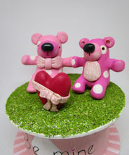 Valentines day polka dotted bears and heart BOX