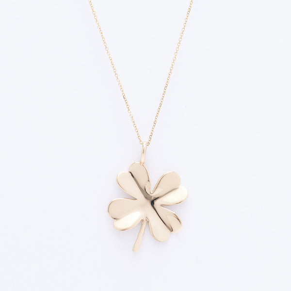 "Clover with 15"" Chain"