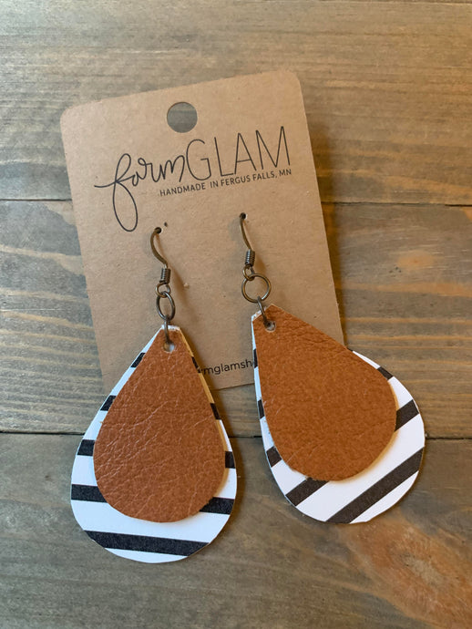 DOUBLE LAYER STRIPE/TAN LEATHER EARRING