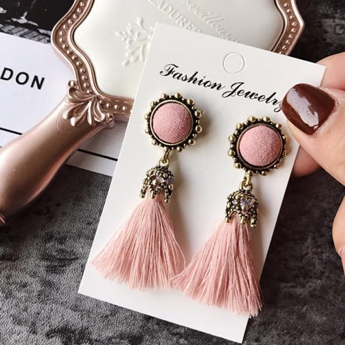 The Stylopedia earrings Vintage Tiny Tassel Earrings