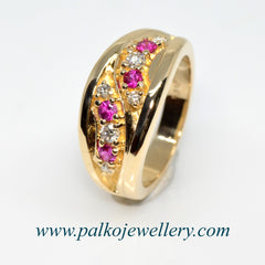 Gold ring with 4 Rubies and 6 diamonds