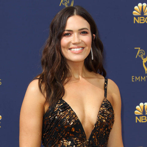 Mandy moore uses cbd cream for high heel and foot pain