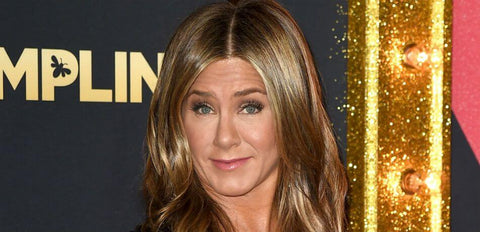 jennifer aniston uses cbd for pain relief celebrities who use cbd