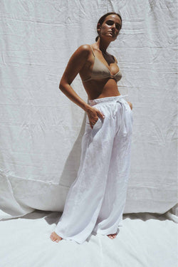 UNIK by us Jonathan Wide Leg Linen Pants in Sand