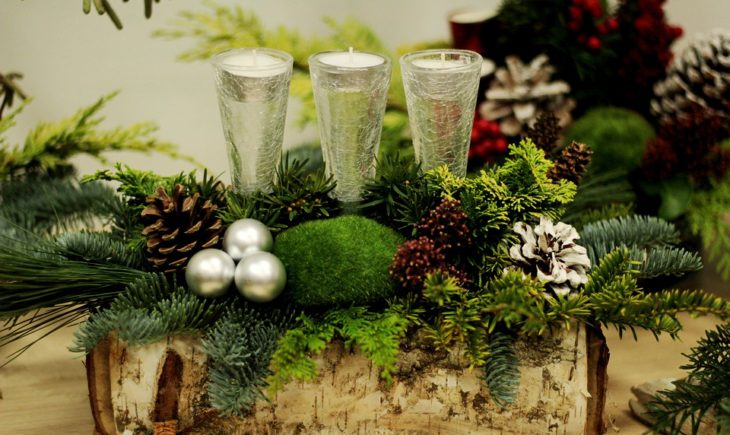 Top 10 Flower Arrangements for Christmas