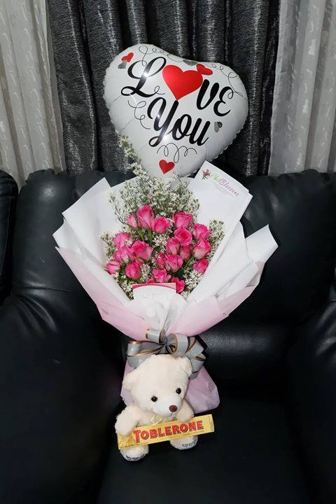 A Pink Roses with a Mini Bear and Ballon