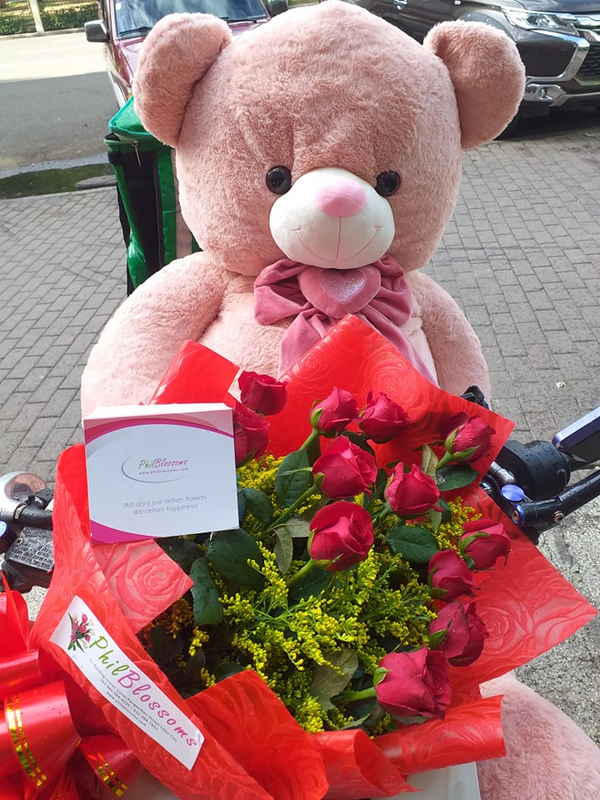 A Dozen Roses and Human size Bear (4ft)