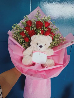 A Dozen Roses with Mini Bear in a Bouquet