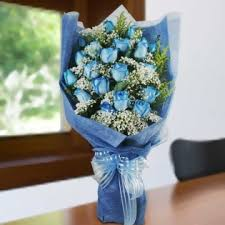 1 dozen Blue Roses with lots of fillers
