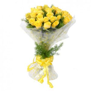 2 dozen Yellow Holland Roses in a Bouquet