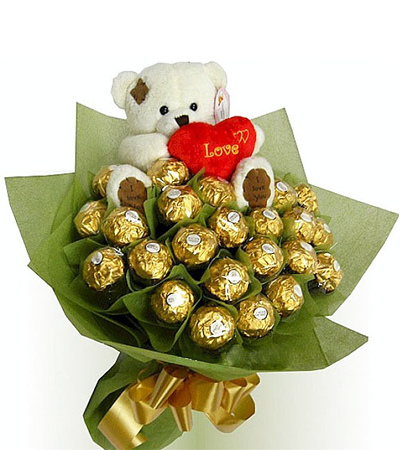 Ferrero Rocher in a Bouquet with mini bear