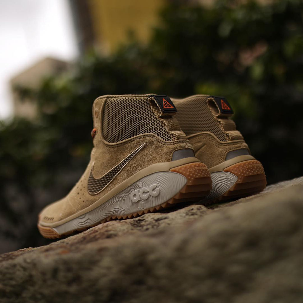 Nike ACG Angels Rest – Laced