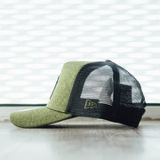 New Era Shadow Teck AF Trucker NeyYan