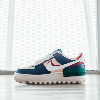Nike Wmns Air Force 1 Shadow