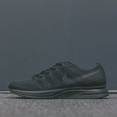 NIKE FLYKNIT TRAINER BLACK/ANTHRACITE-BLACK