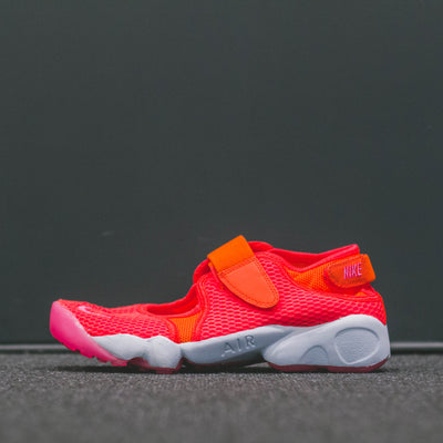 WMNS NIKE AIR RIFT BR TOTAL CRIMSON