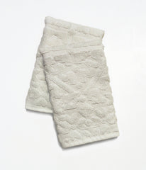 AKHARA BATH TOWEL