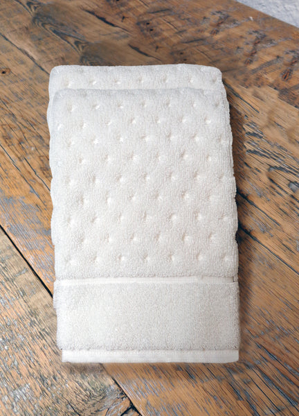 ESSENCE ORGANIC COTTON TOWEL