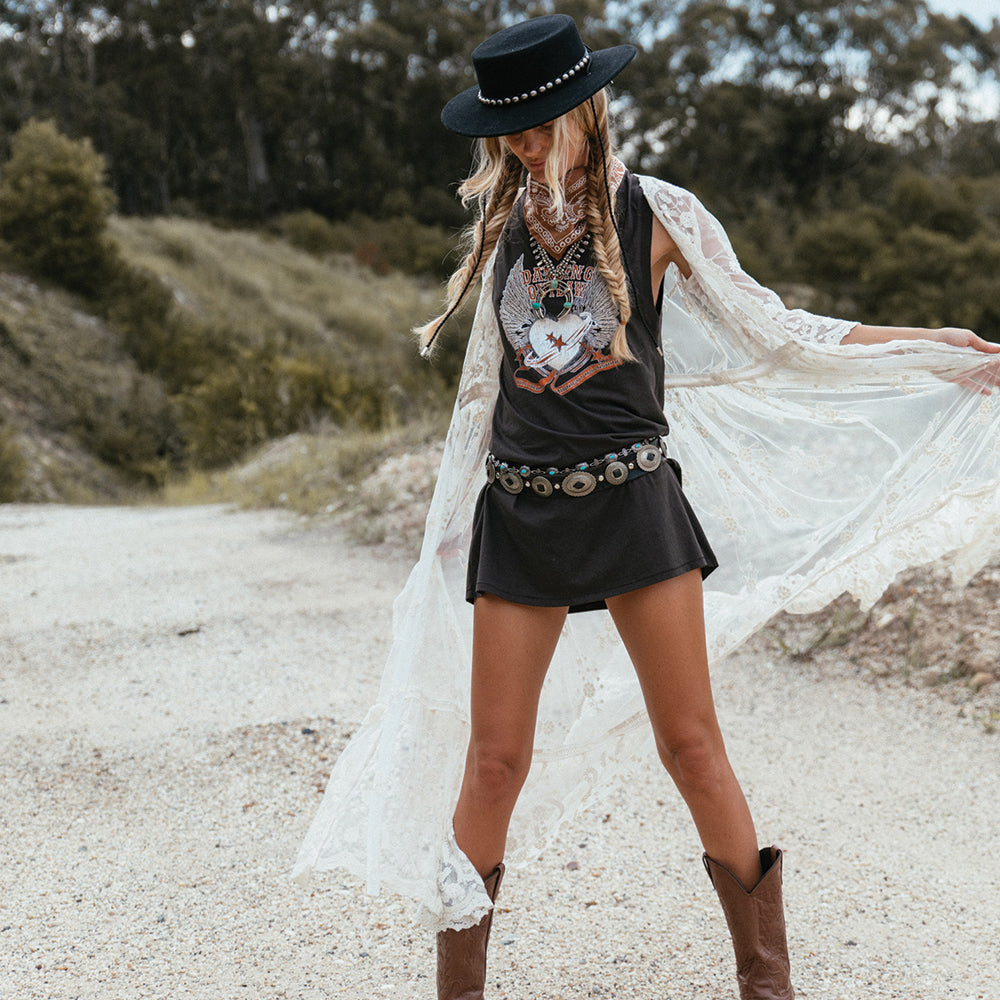 Cowgirl Vibes ... get the look