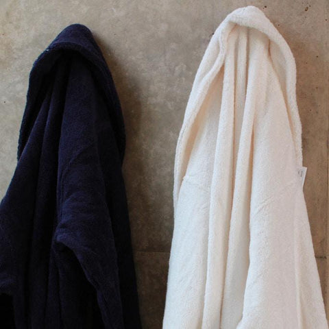 products/bath-robe-hotel-collection-2.jpg
