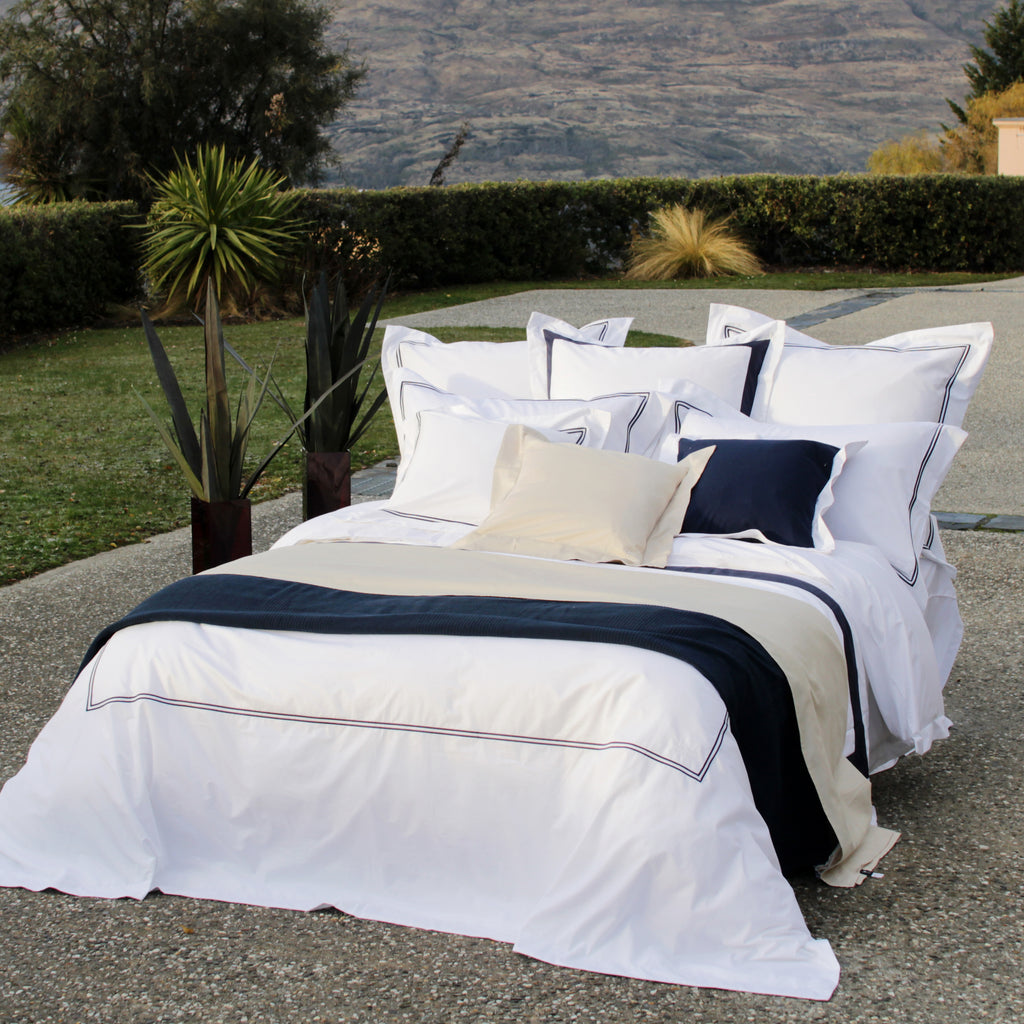 Duvet Cover Set Cordon Collection, Navy - Crown Goose