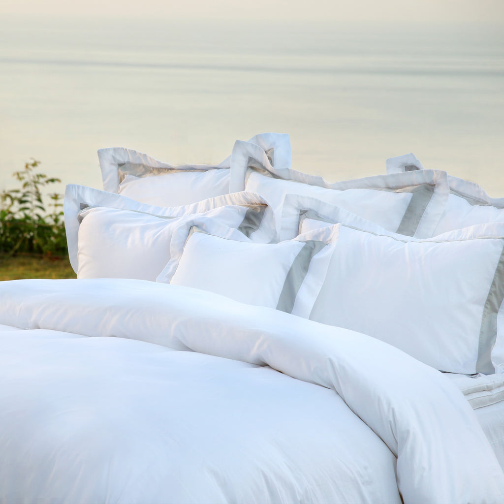 Duvet Cover Set Jardinne Collection, Gray - Crown Goose
