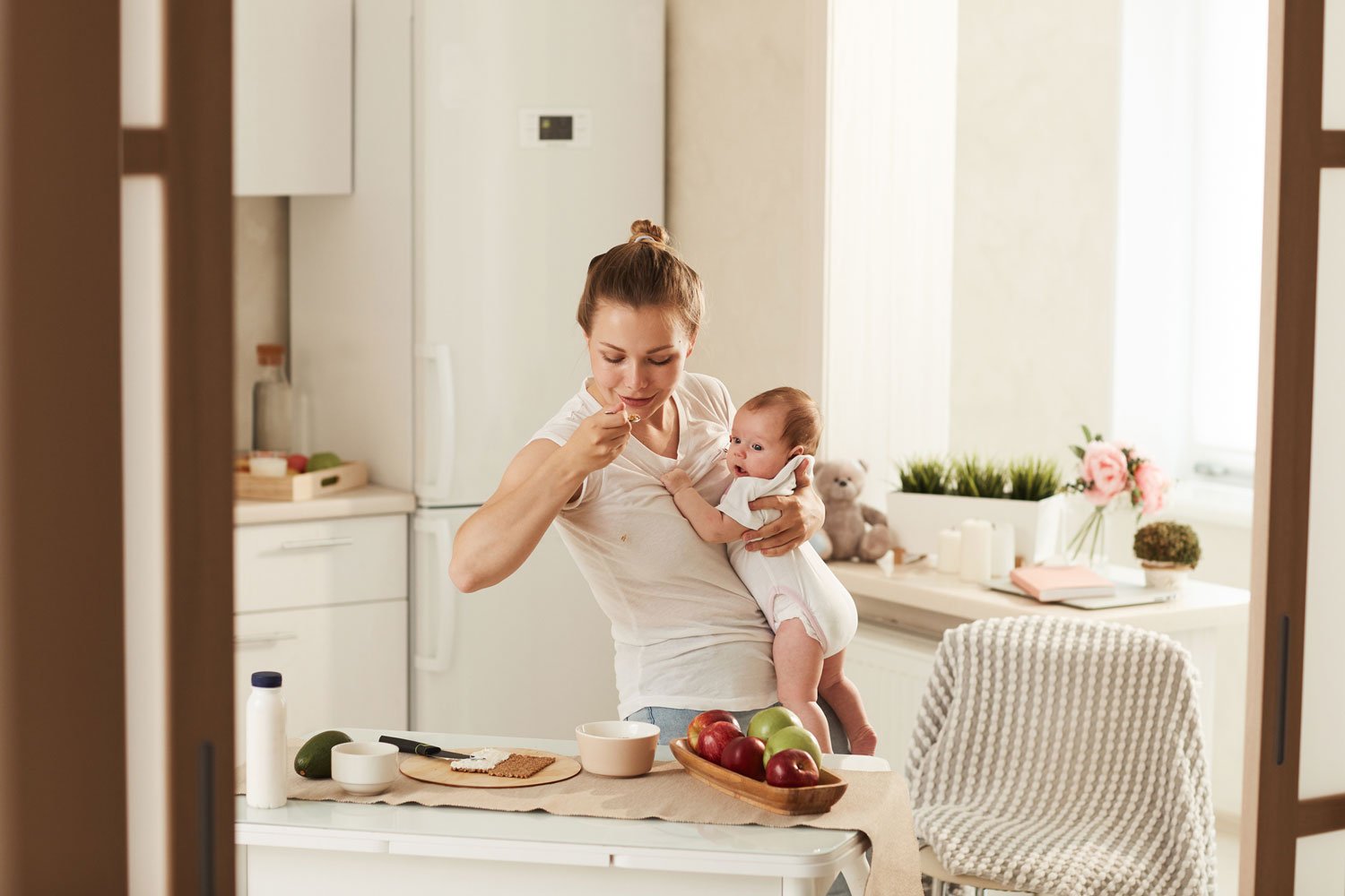 5 Nutritious and Delicious Postpartum Snacks