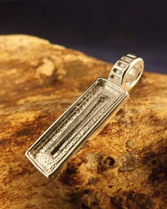 Silver Oblong Pendant Setting For Stone approx 18x6 mm